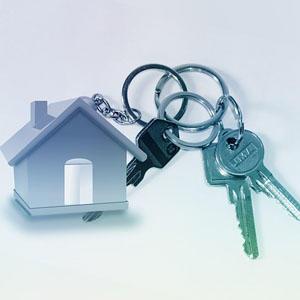 «Лишняя» квартира: продавать нельзя сдавать. 35% лотов на столичном массовом рынке найма изначально выставлялись на реализацию, 2/3 из них изъяты из продажи, 1/3 одновременно сдается и продается
